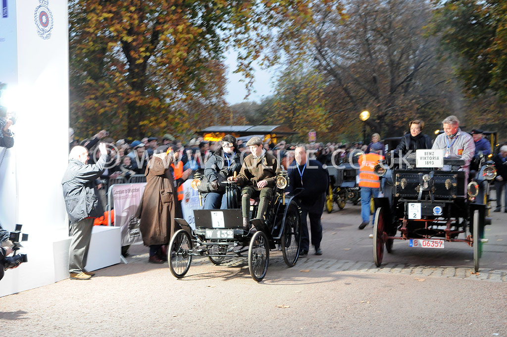 2011-london-to-brighton-veteran-car-run-8606