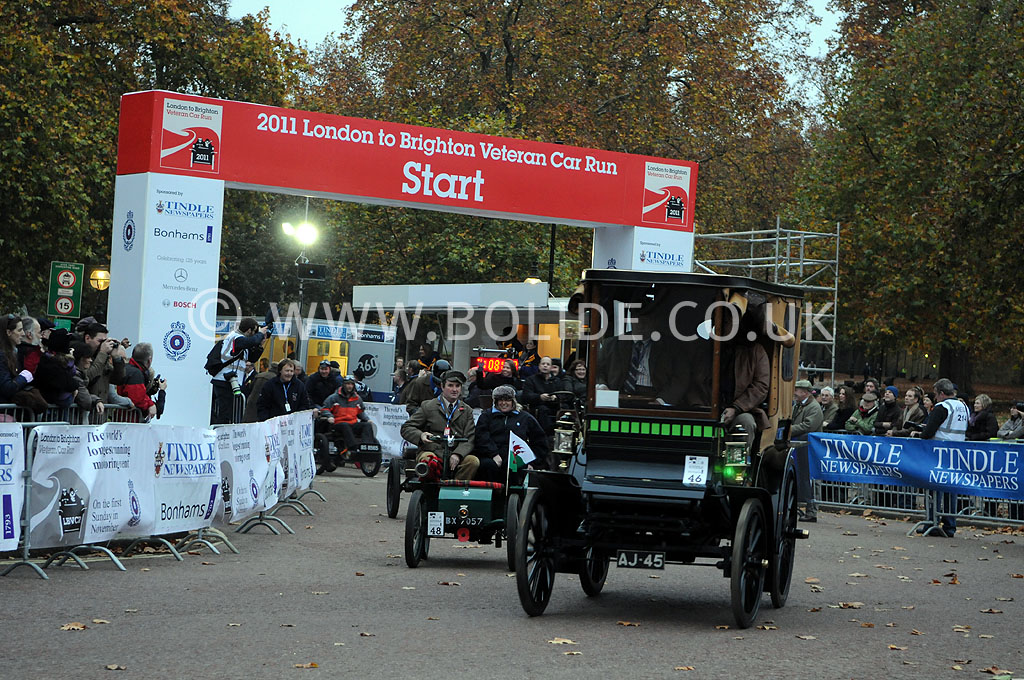 2011-london-to-brighton-veteran-car-run-8643