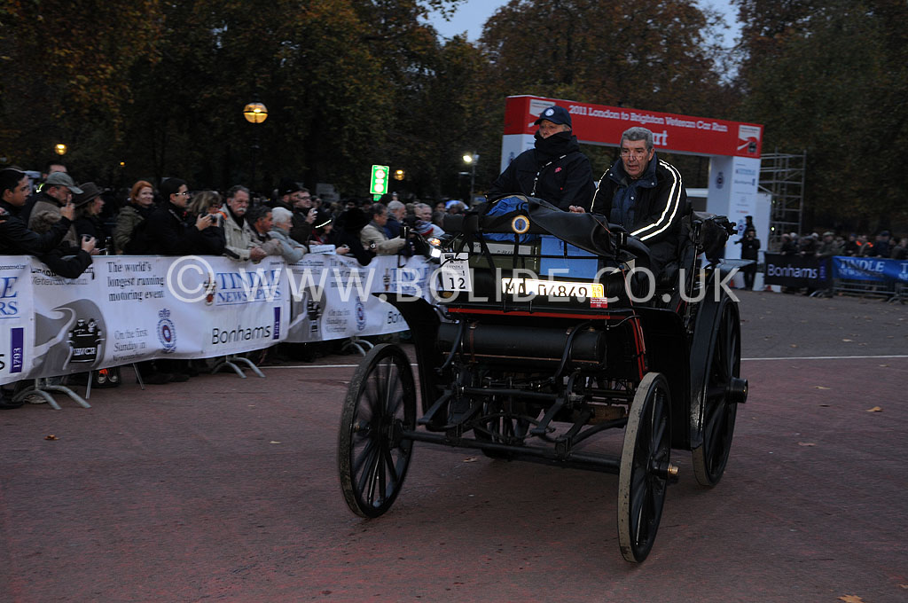 2011-london-to-brighton-veteran-car-run-8646
