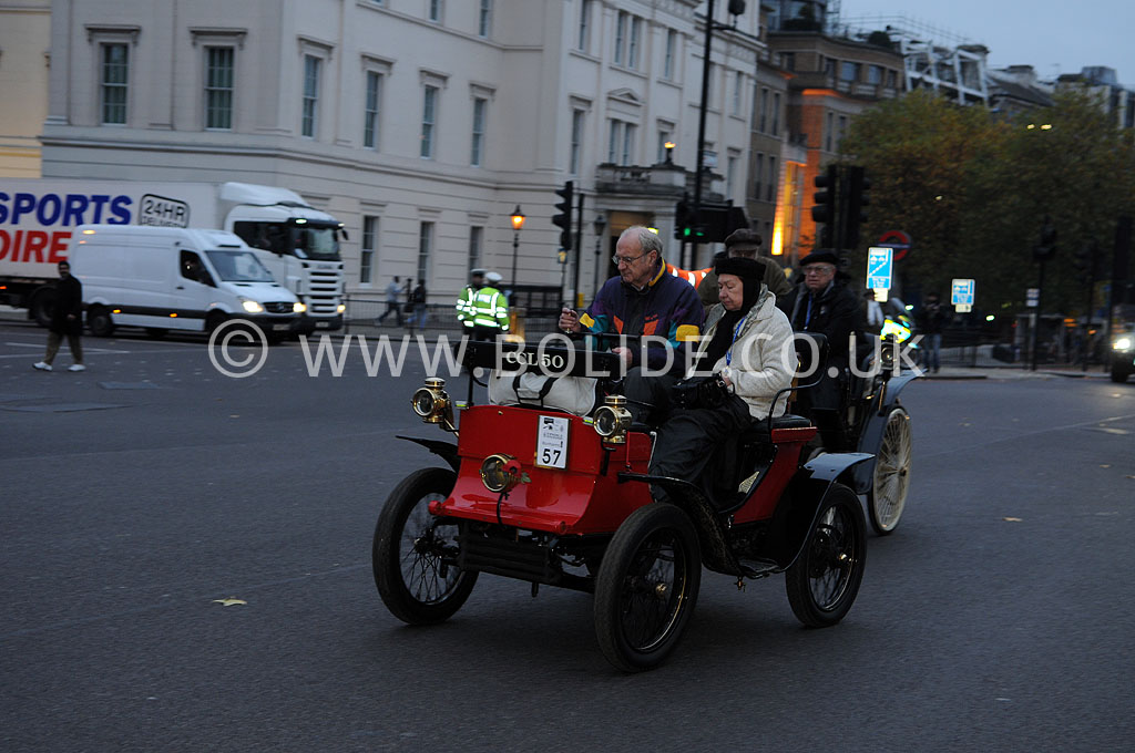2011-london-to-brighton-veteran-car-run-8649
