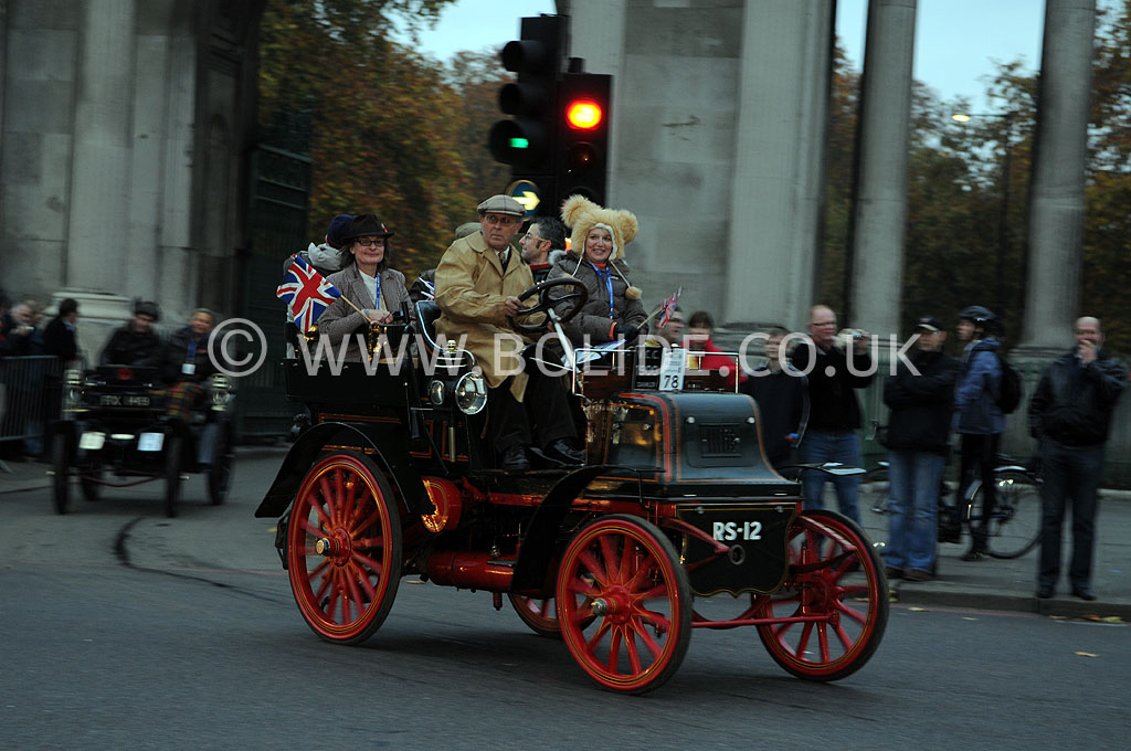 2011-london-to-brighton-veteran-car-run-8665