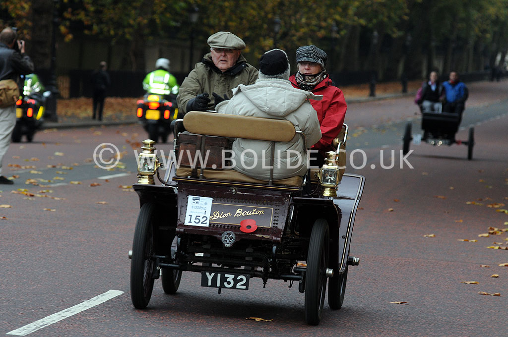 2011-london-to-brighton-veteran-car-run-8694