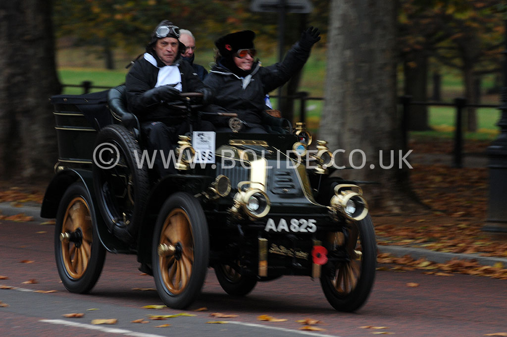 2011-london-to-brighton-veteran-car-run-8697