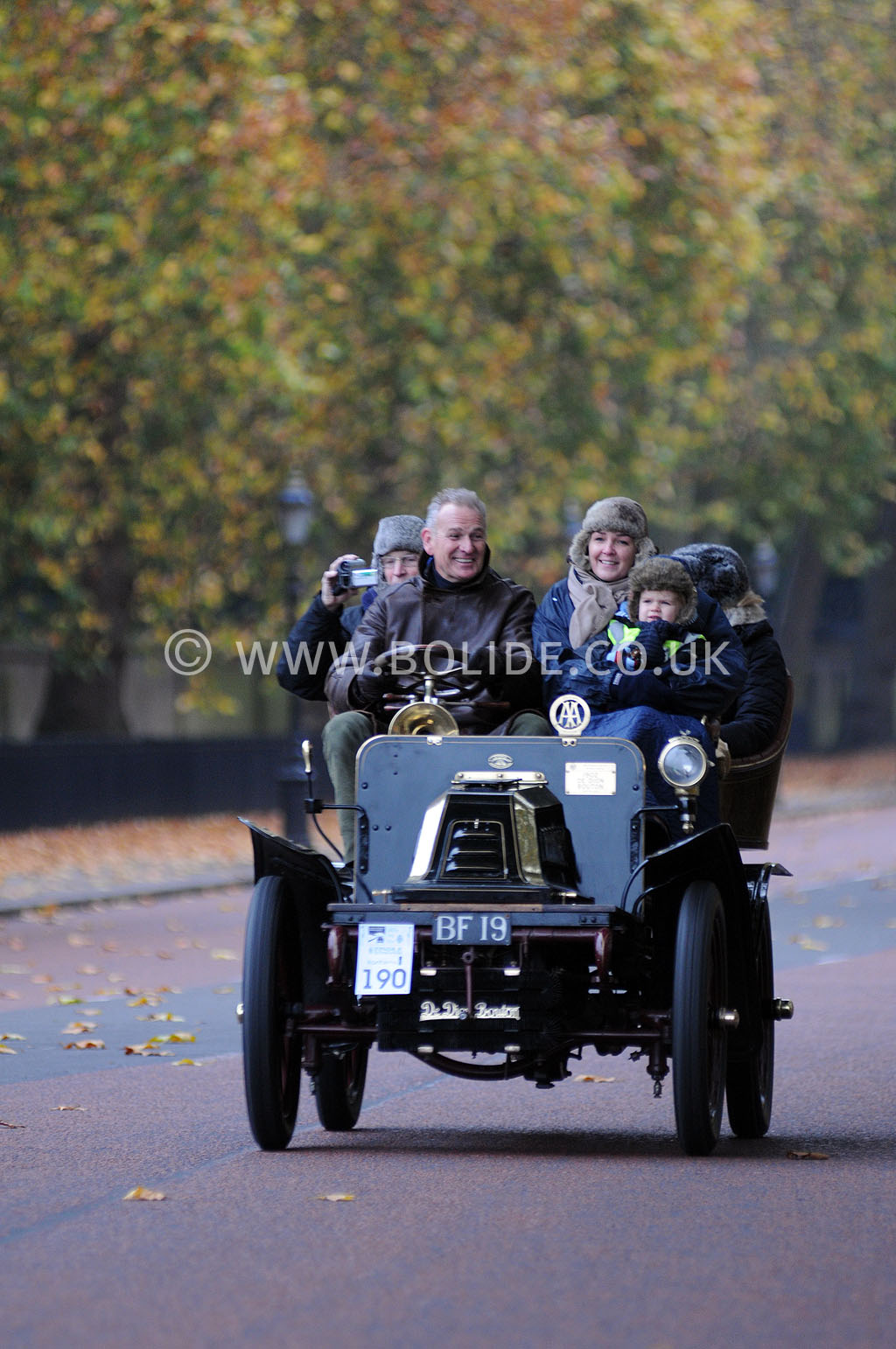 2011-london-to-brighton-veteran-car-run-8702