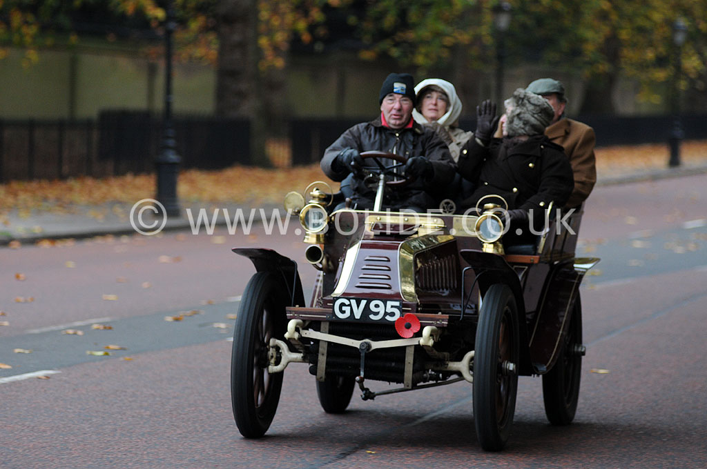 2011-london-to-brighton-veteran-car-run-8708