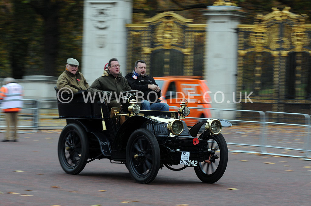 2011-london-to-brighton-veteran-car-run-8716