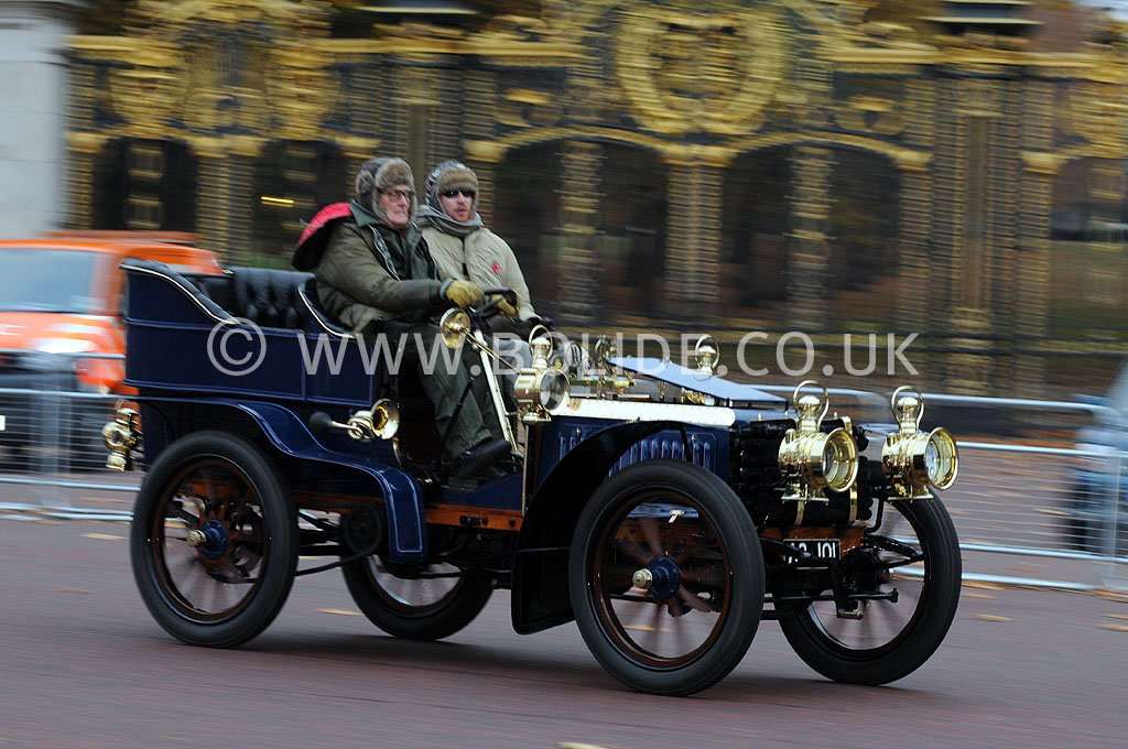 2011-london-to-brighton-veteran-car-run-8717
