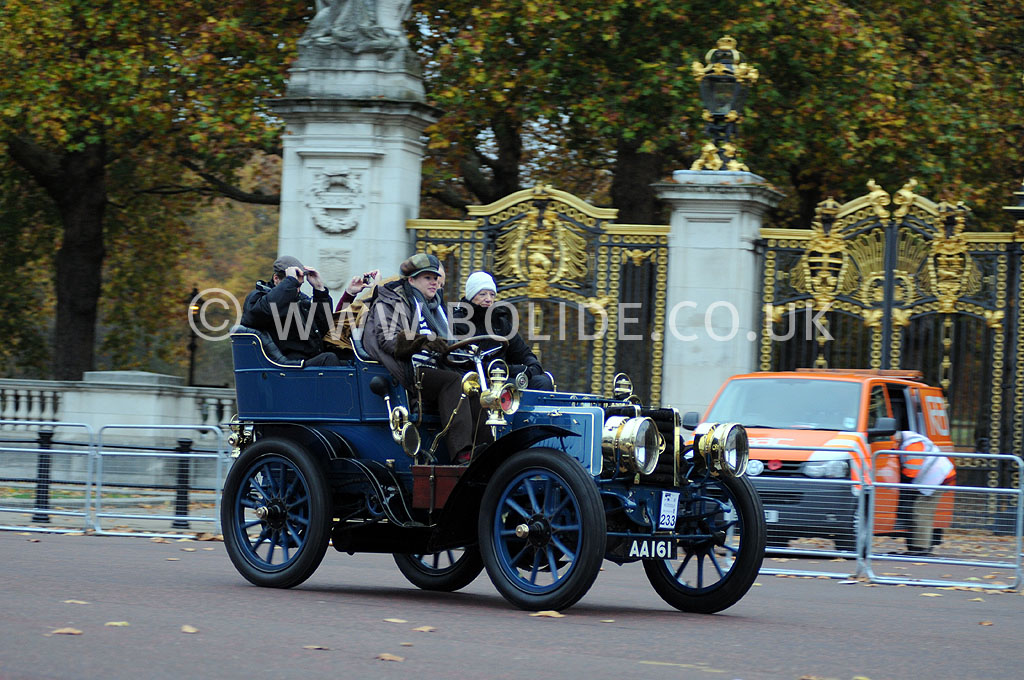 2011-london-to-brighton-veteran-car-run-8721