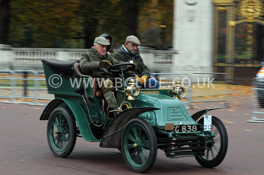 2011-london-to-brighton-veteran-car-run-8724