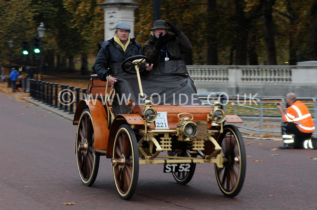 2011-london-to-brighton-veteran-car-run-8725