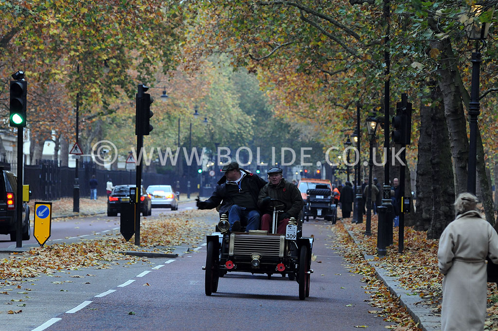 2011-london-to-brighton-veteran-car-run-8729