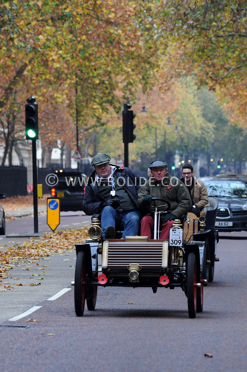 2011-london-to-brighton-veteran-car-run-8730