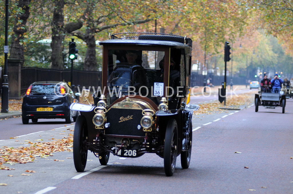 2011-london-to-brighton-veteran-car-run-8740