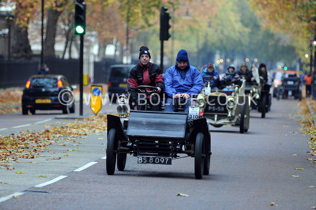 2011-london-to-brighton-veteran-car-run-8742
