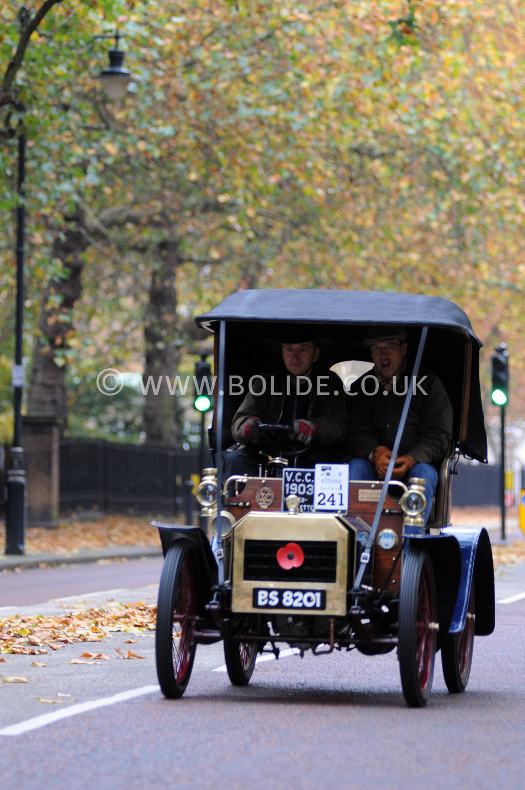 2011-london-to-brighton-veteran-car-run-8754