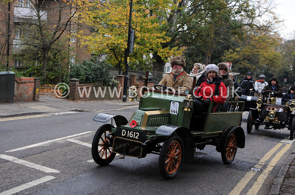 2011-london-to-brighton-veteran-car-run-8787