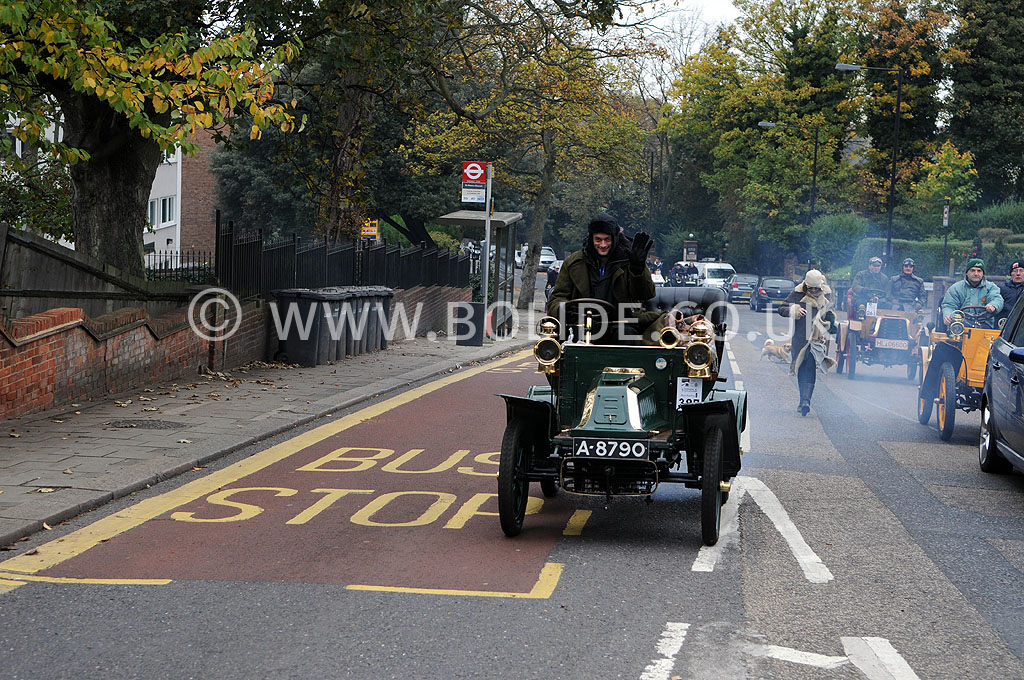 2011-london-to-brighton-veteran-car-run-8798