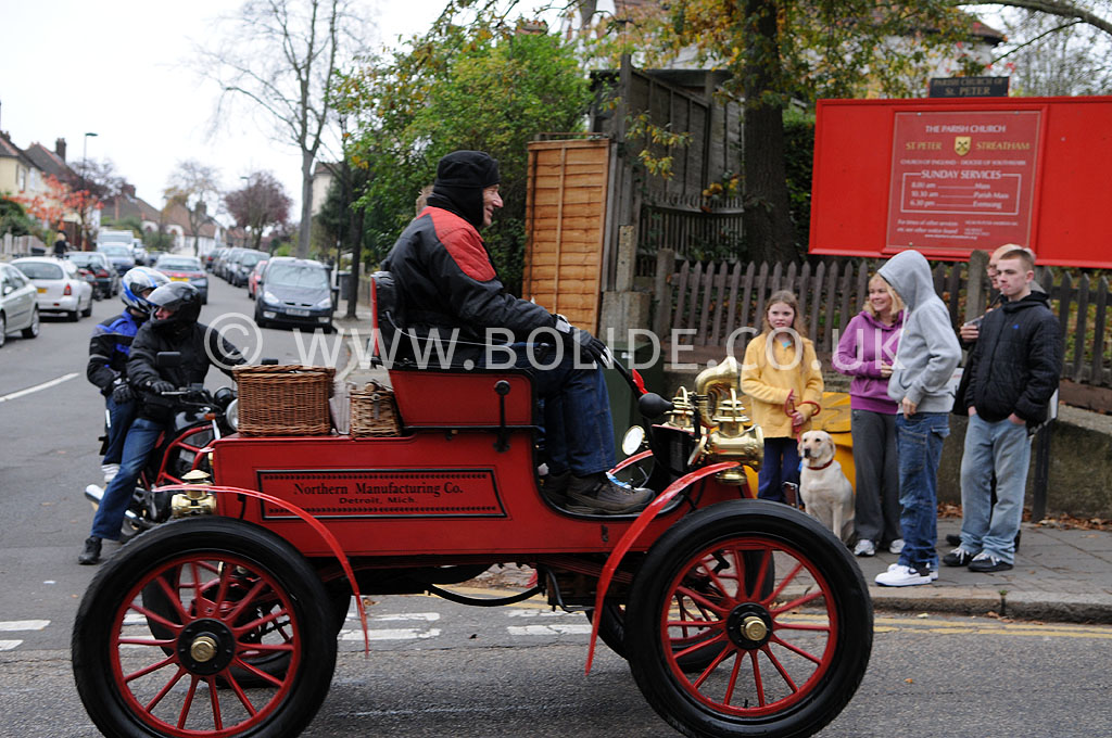 2011-london-to-brighton-veteran-car-run-8805