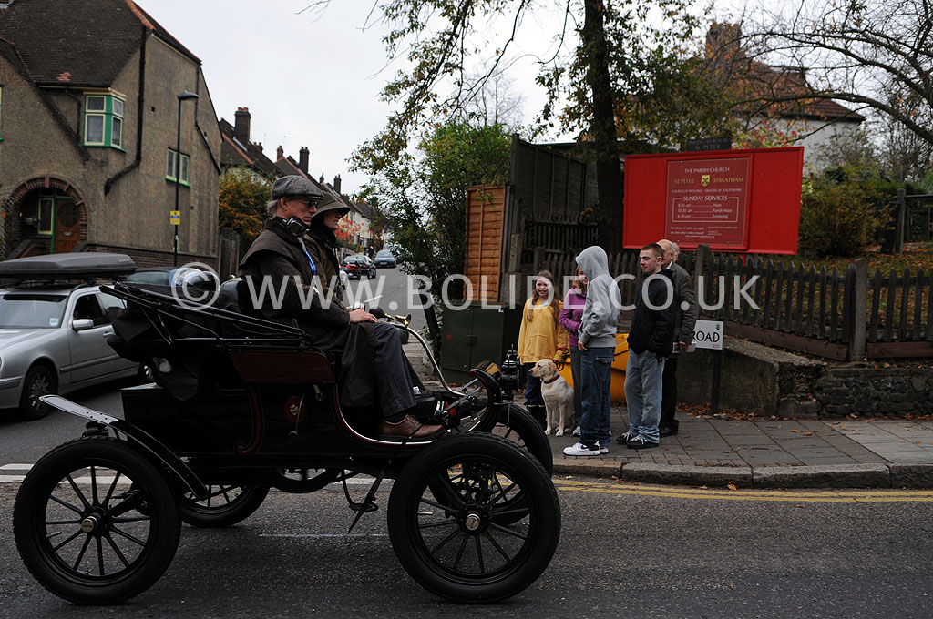 2011-london-to-brighton-veteran-car-run-8807