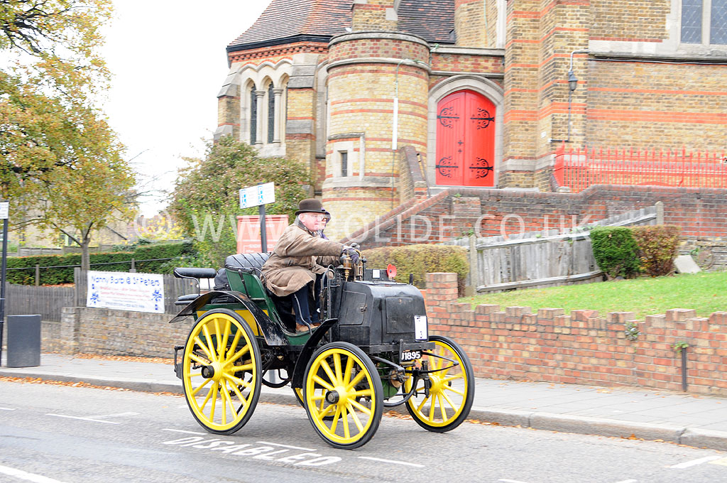 2011-london-to-brighton-veteran-car-run-8808