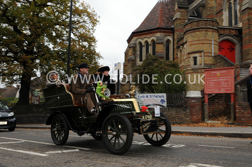 2011-london-to-brighton-veteran-car-run-8812