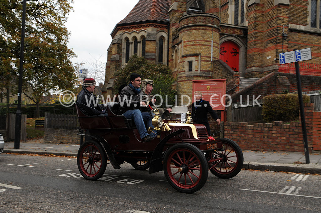 2011-london-to-brighton-veteran-car-run-8813
