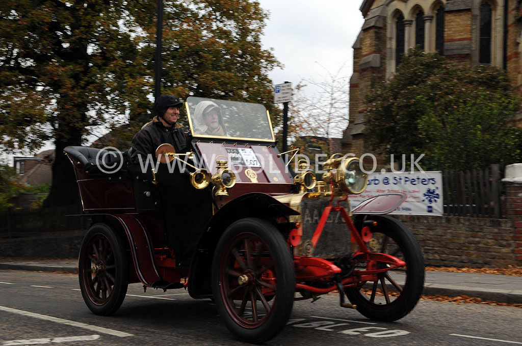 2011-london-to-brighton-veteran-car-run-8815