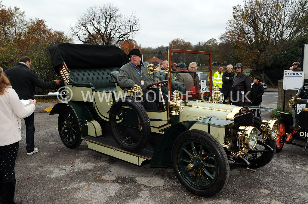 2011-london-to-brighton-veteran-car-run-8822