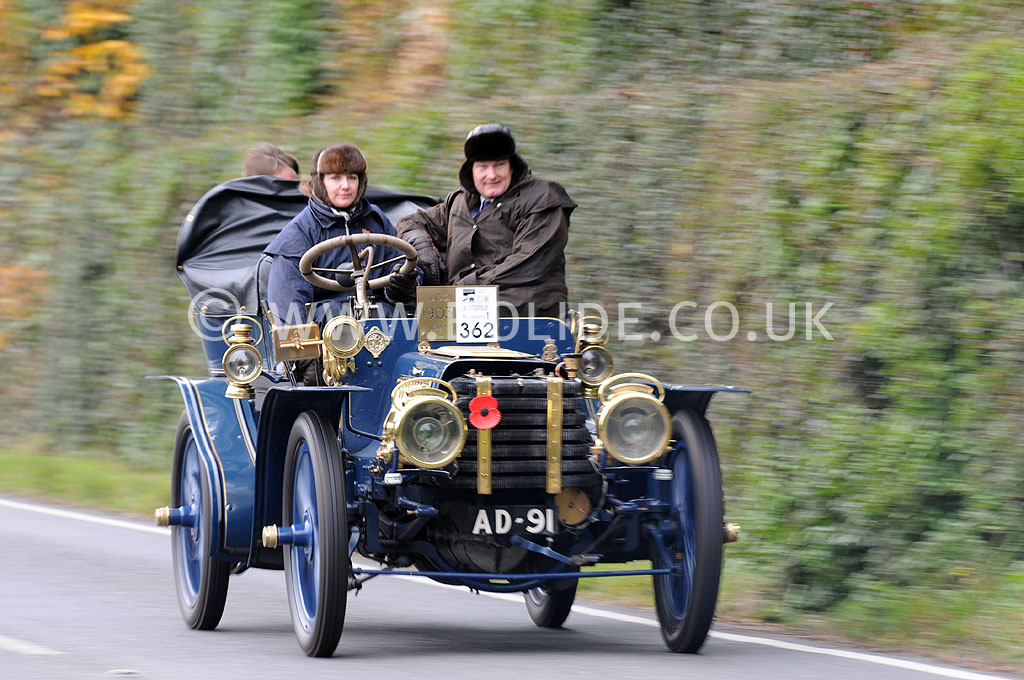 2011-london-to-brighton-veteran-car-run-8859