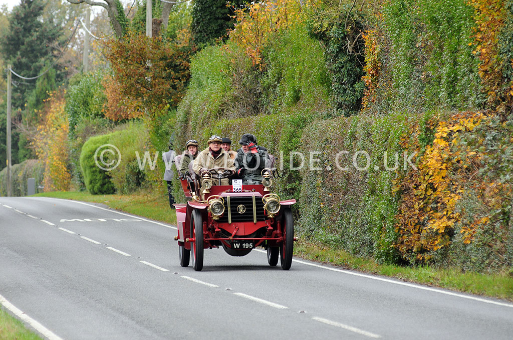 2011-london-to-brighton-veteran-car-run-8906