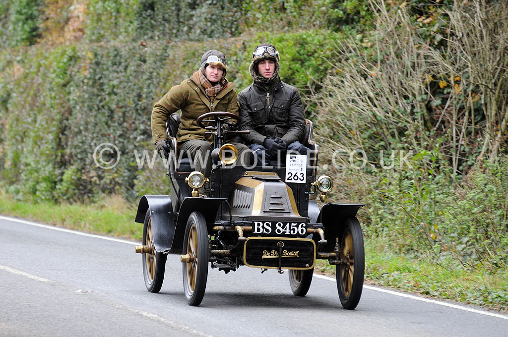 2011-london-to-brighton-veteran-car-run-8939