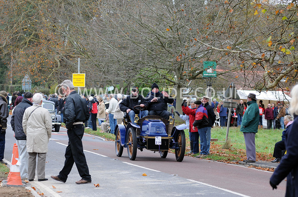 2011-london-to-brighton-veteran-car-run-8978