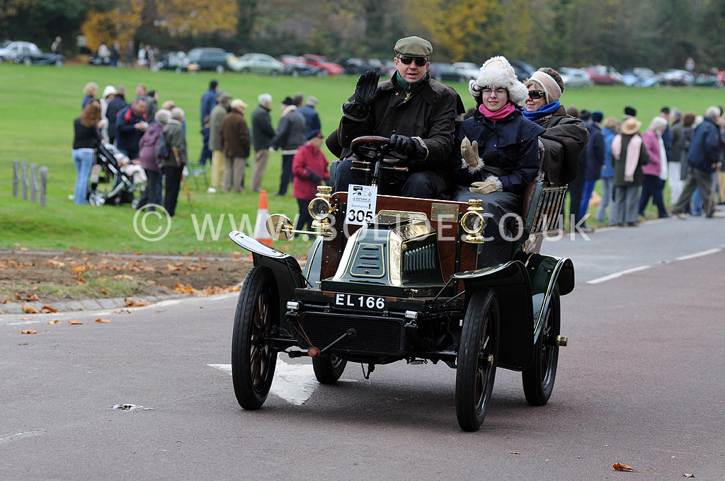 2011-london-to-brighton-veteran-car-run-9025