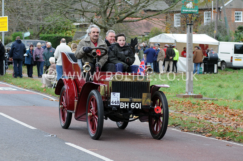 2011-london-to-brighton-veteran-car-run-9046