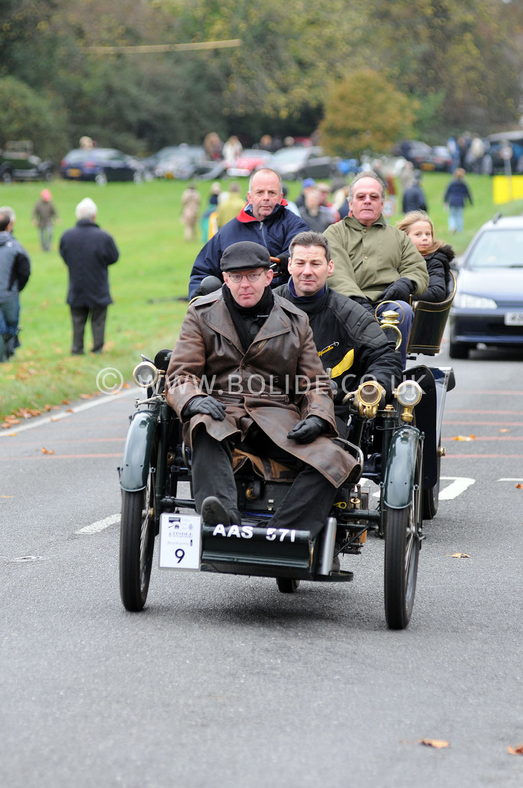 2011-london-to-brighton-veteran-car-run-9051