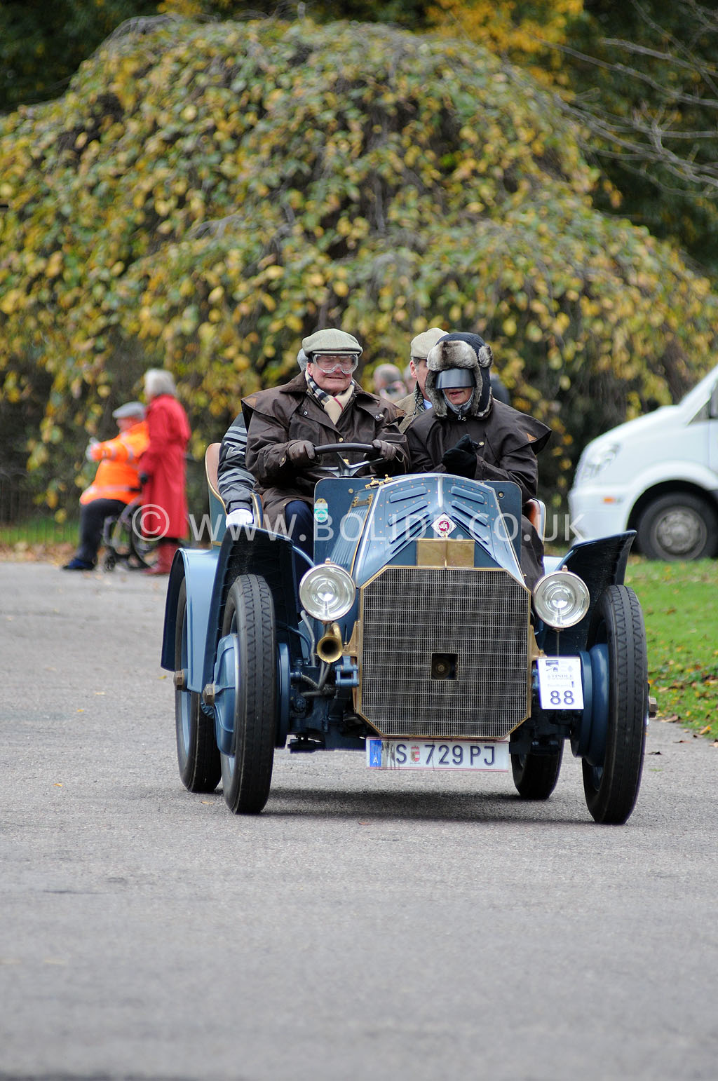 2011-london-to-brighton-veteran-car-run-9074