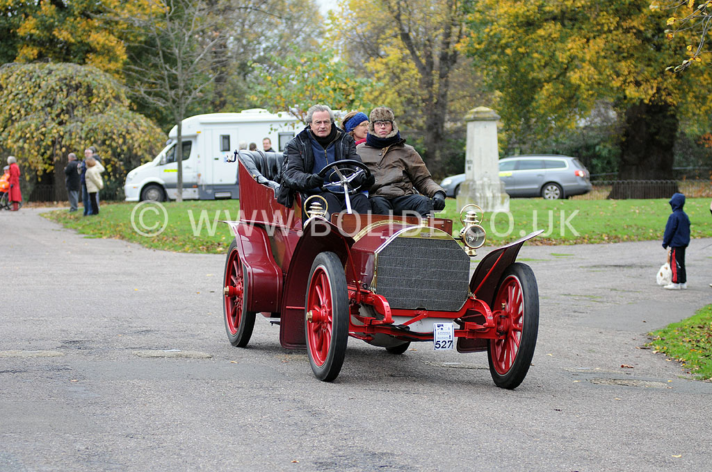 2011-london-to-brighton-veteran-car-run-9080