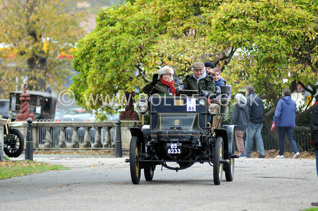 2011-london-to-brighton-veteran-car-run-9084