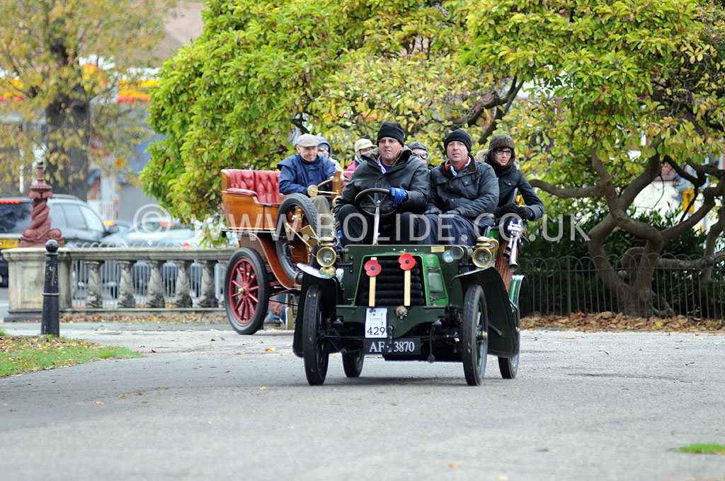 2011-london-to-brighton-veteran-car-run-9086