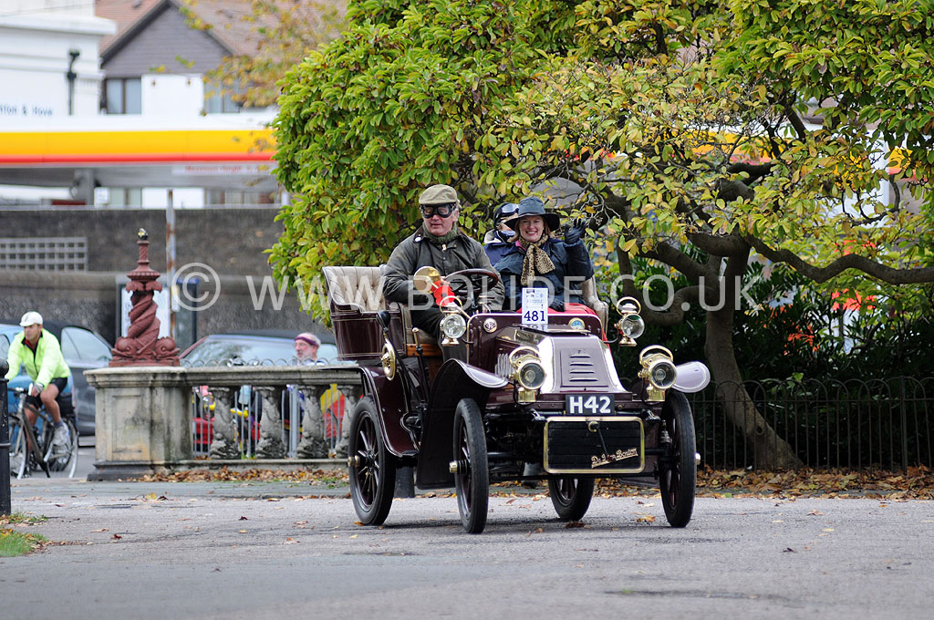 2011-london-to-brighton-veteran-car-run-9089