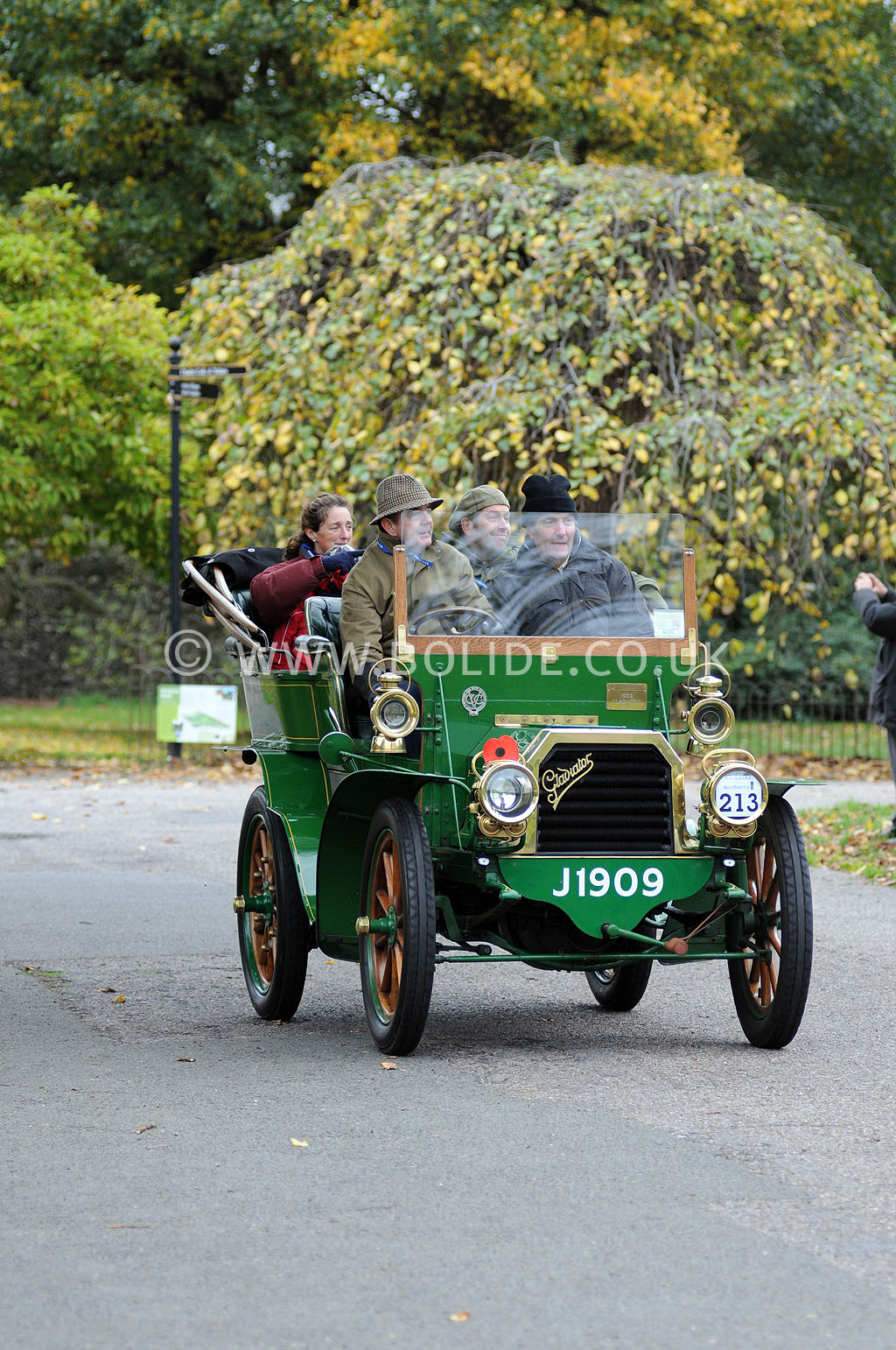 2011-london-to-brighton-veteran-car-run-9095