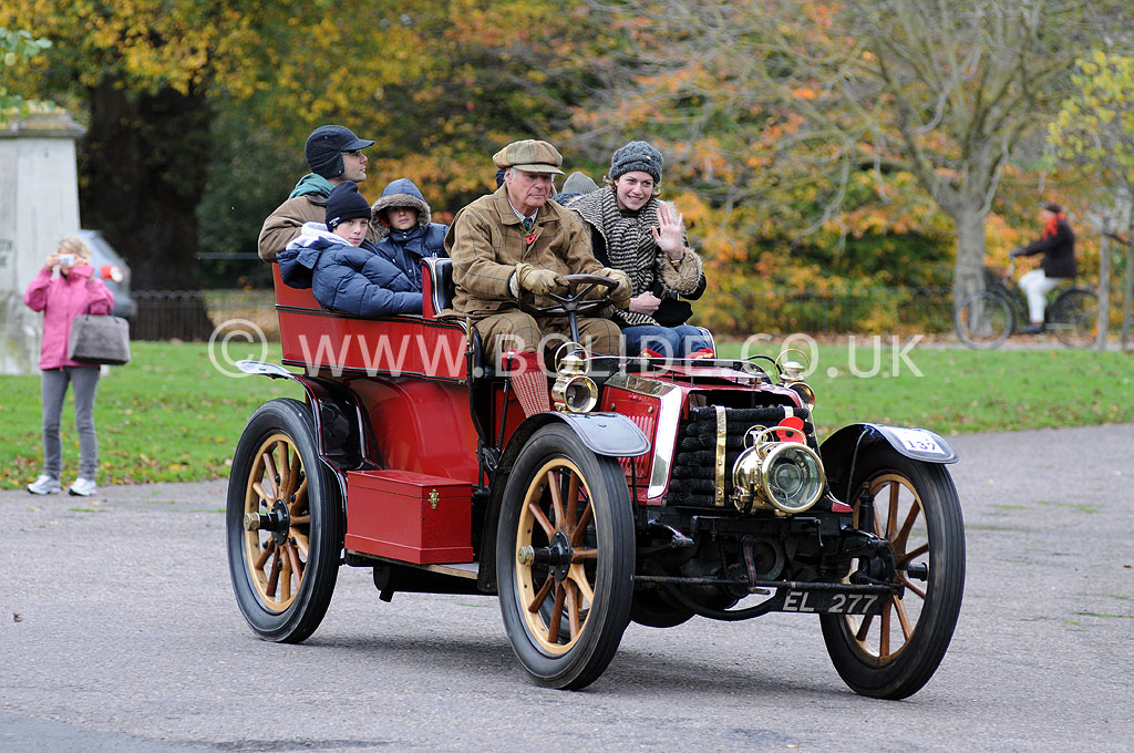 2011-london-to-brighton-veteran-car-run-9115
