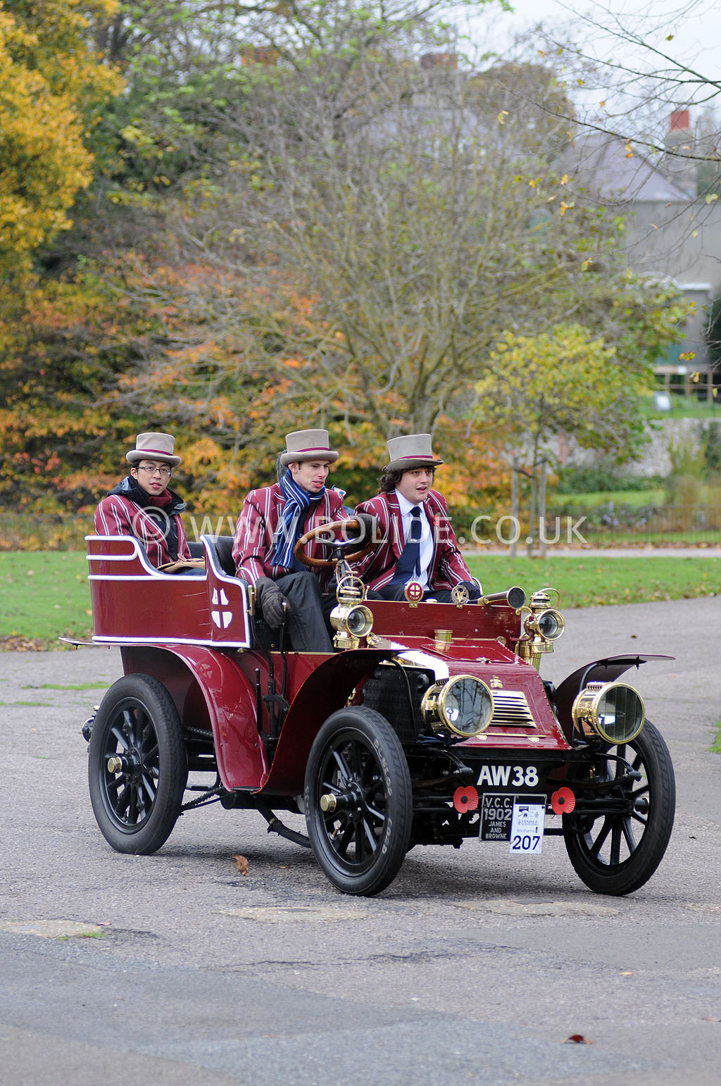 2011-london-to-brighton-veteran-car-run-9118