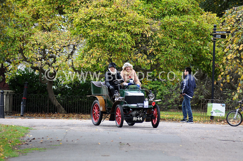 2011-london-to-brighton-veteran-car-run-9122