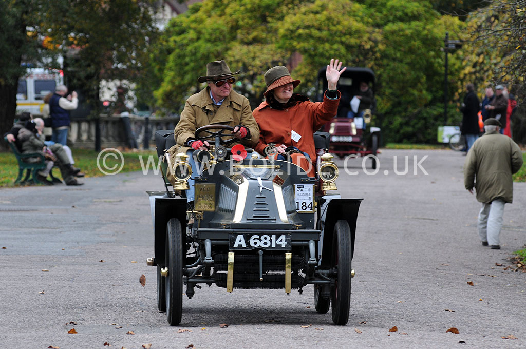 2011-london-to-brighton-veteran-car-run-9145