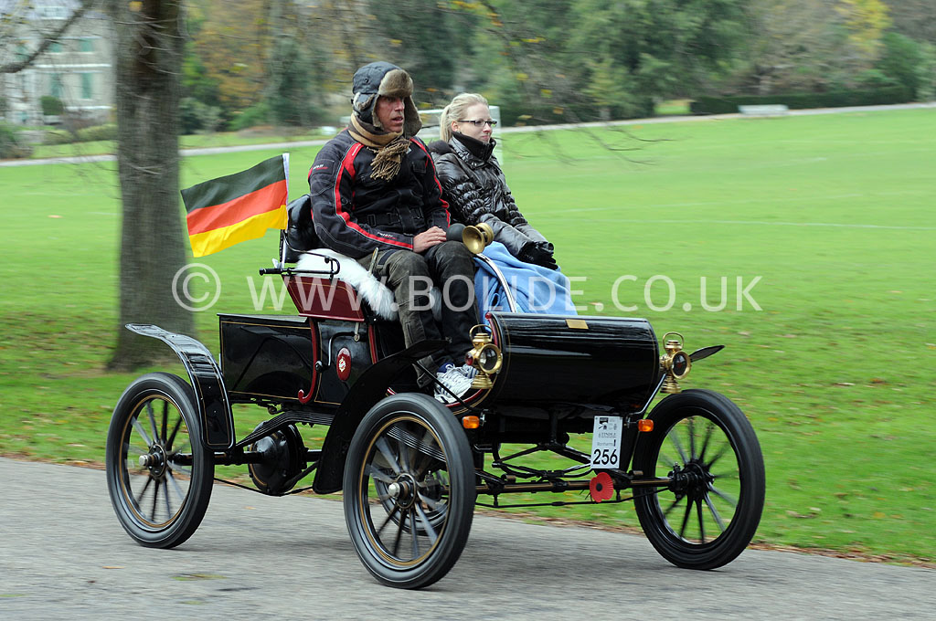 2011-london-to-brighton-veteran-car-run-9158