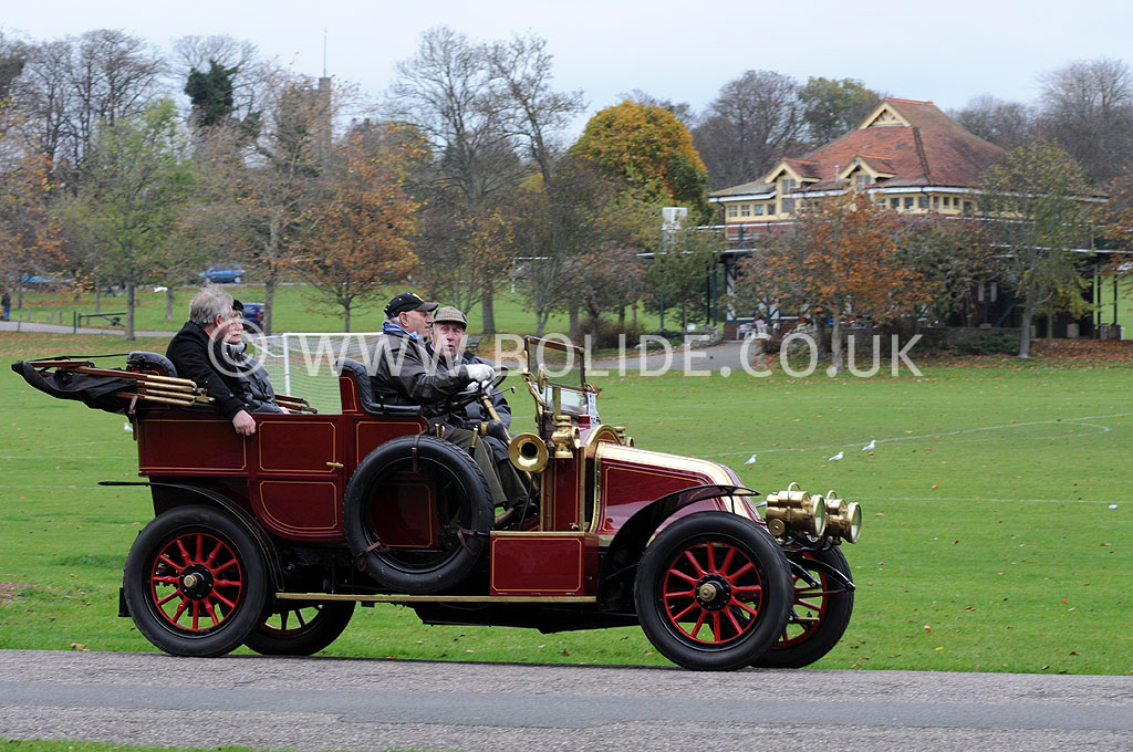 2011-london-to-brighton-veteran-car-run-9162