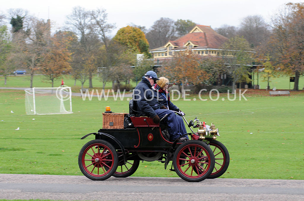 2011-london-to-brighton-veteran-car-run-9167