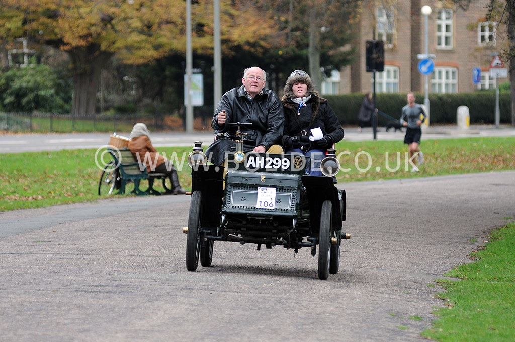 2011-london-to-brighton-veteran-car-run-9191