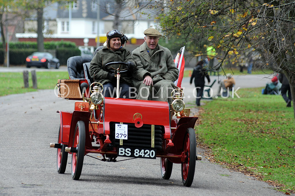 2011-london-to-brighton-veteran-car-run-9203